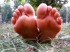 hot feet 1